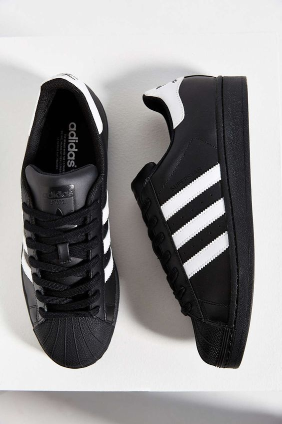 кроссовки adidas Black Superstar